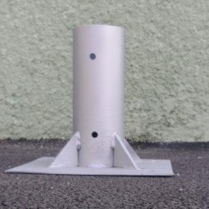 support poteau panneaux de signalisation